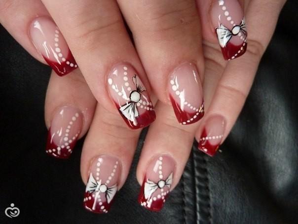 Ногти красный френч к новому году