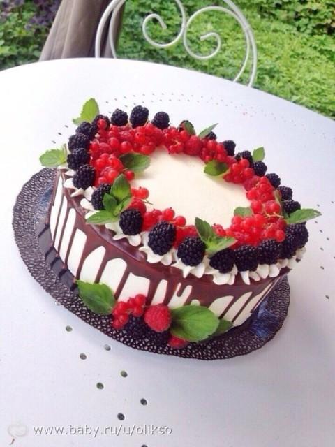 Торты с украшением из ягод фото 151