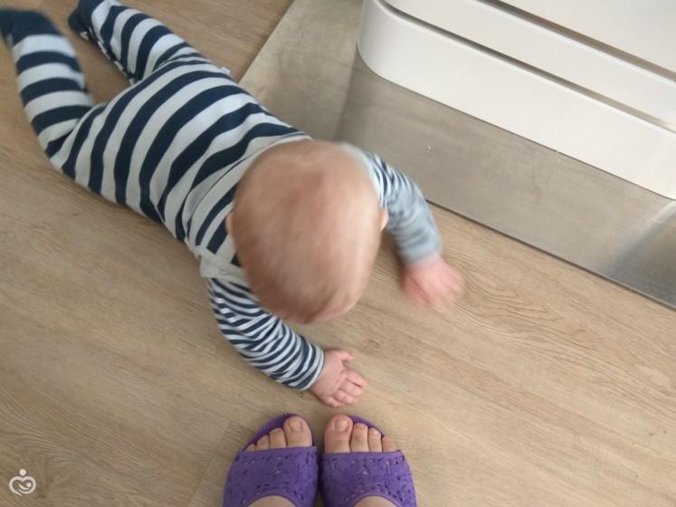 Как сделать так чтобы муж ползал у моих ног